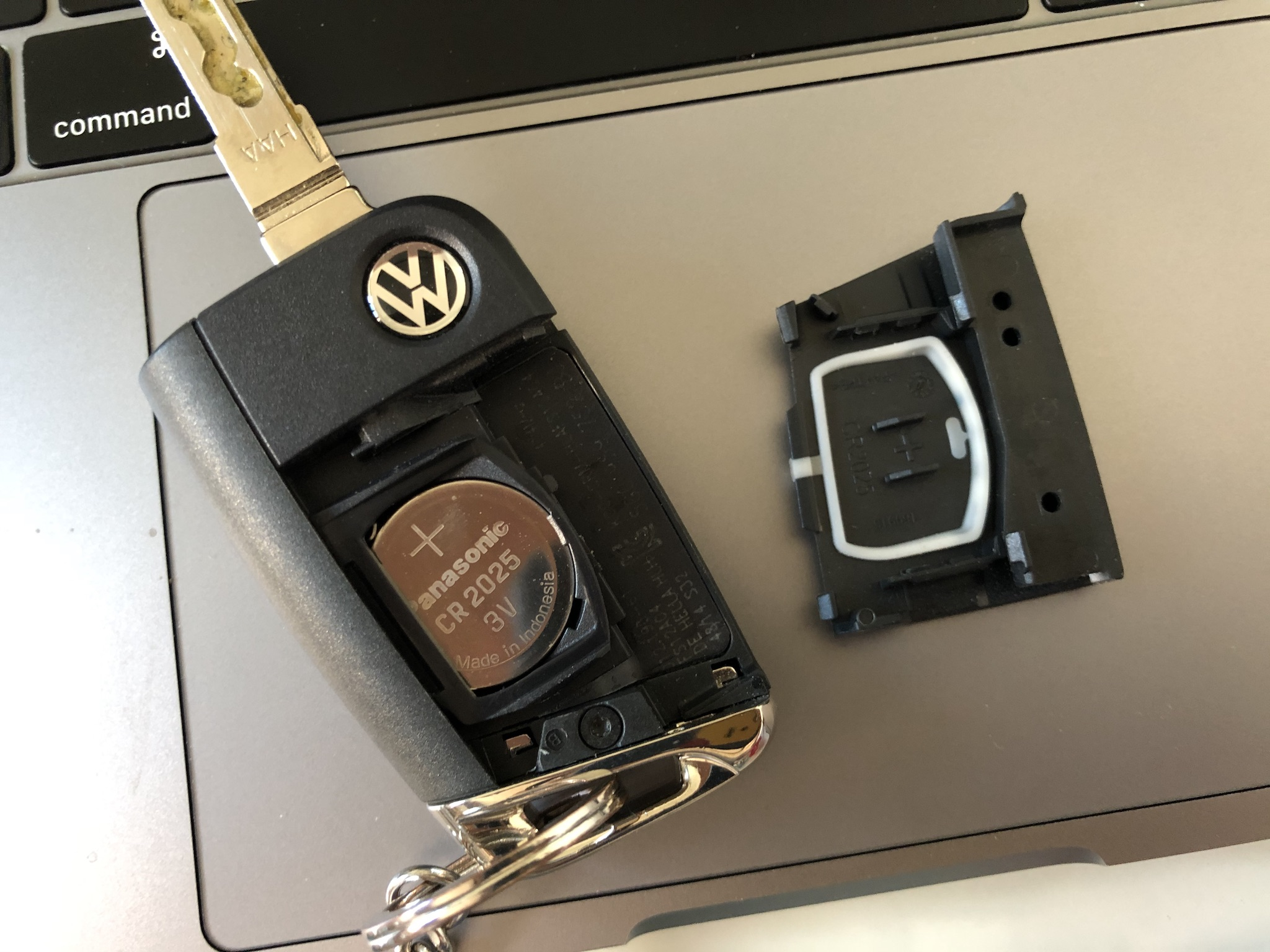 Volkswagen Golf folding key